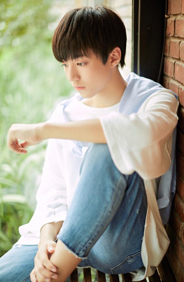 王俊凯《不完美小孩》首发 感谢母亲支持与陪