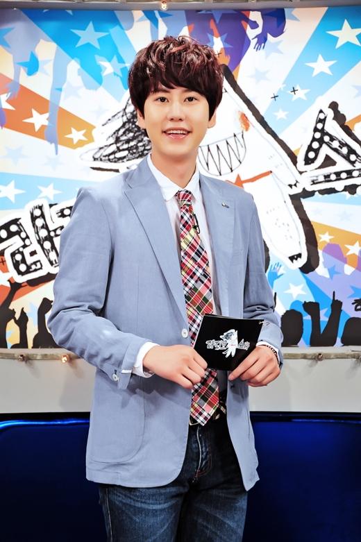 SJ圭贤结束《RS》录制 入伍前日参与十周年特辑