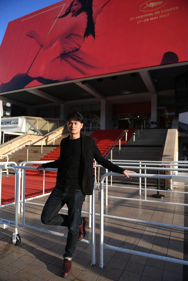 马凯在电影宫外场