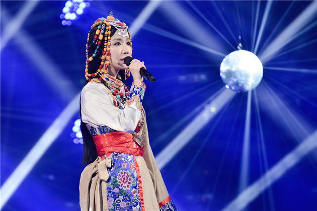 《跨界》娄艺潇藏族造型吸睛 高音清澈成最美卓玛