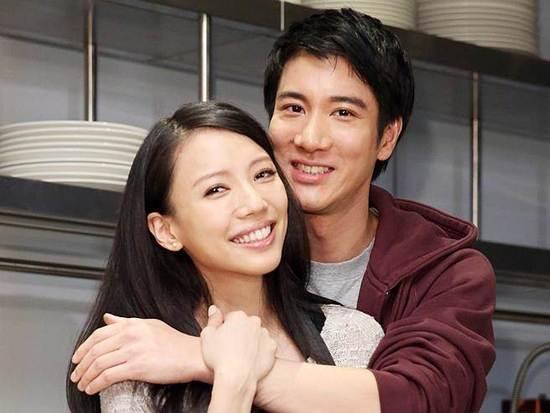 王力宏被曝带老婆台湾看游艇 疑似要做游艇大亨