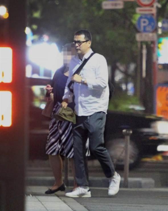 田中哲司被曝出轨约会小三