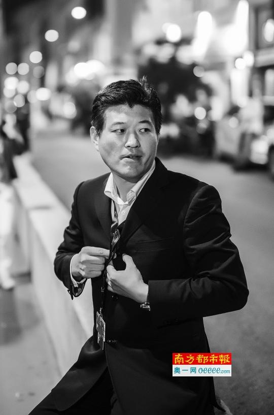 《喜丧》导演张涛是学院派出身。南都记者 钟锐钧 摄