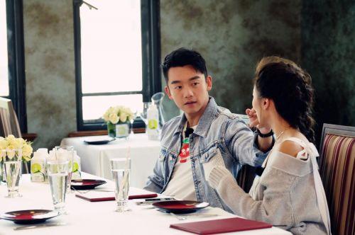 郑恺回应结婚打算:一定会让晓玥幸福