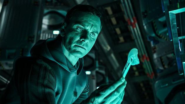 《异形:契约》专访迈克尔法斯宾德 饰两角很过瘾