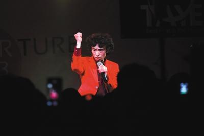 2016年1月23日,陕西省西安市,庞麦郎举办个人演唱会。
