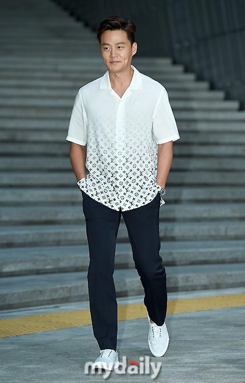 李瑞镇将出演tvN《三时三餐4》 继续合作罗PD