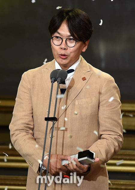《无限挑战》等47名PD联名要求MBC社长下台