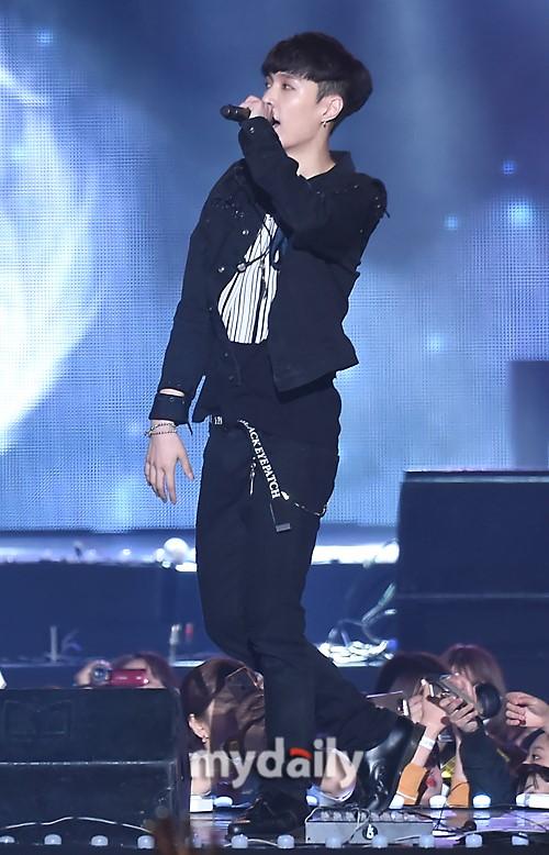 张艺兴将缺席EXO新专辑活动 已预订中国行程
