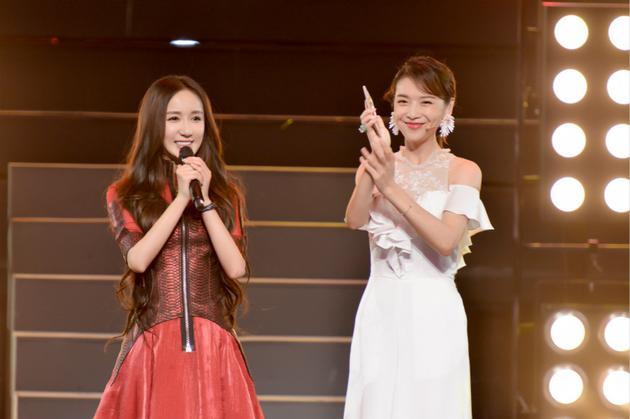 大赢家!娄艺潇自曝将与国际顶尖唱片公司签约