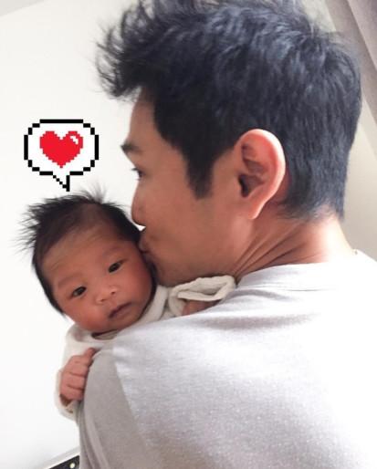 杜德伟透露宝宝先叫的是爸爸 谈追生盼三年抱俩