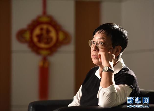 《明月》许鞍华:拍出香港人的侠义和守望相助
