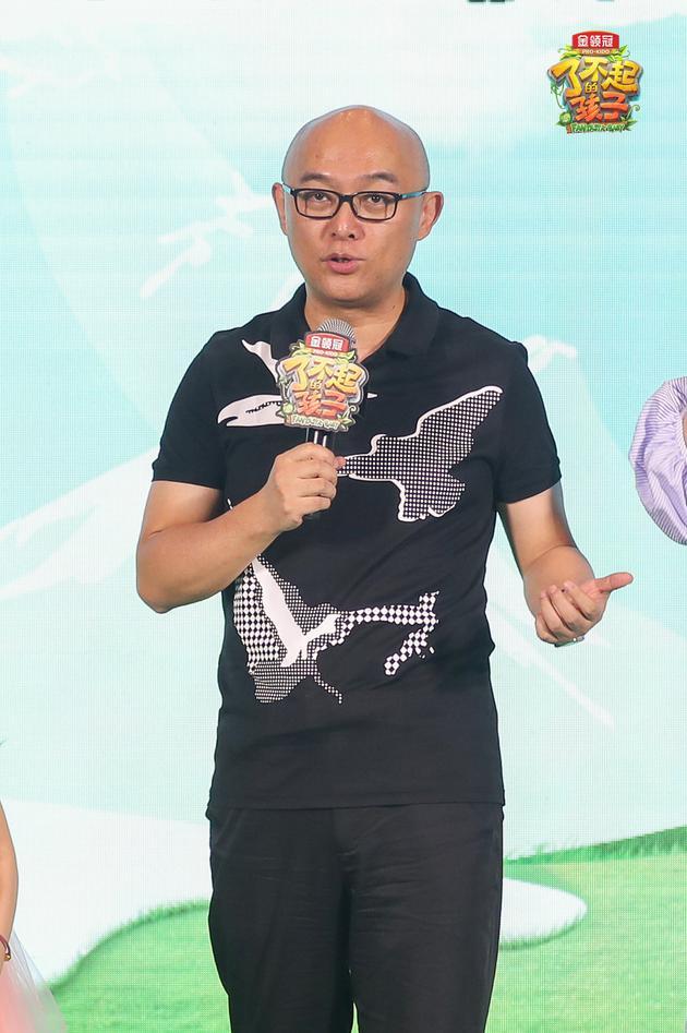孟非首次演床戏 谢依霖回应怀孕传闻:纯胖