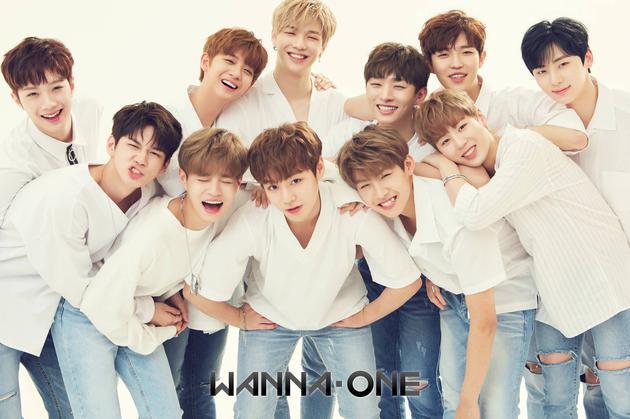 WannaOne拍摄新专封面照 出道曲尚未确定
