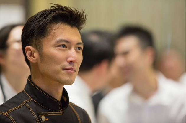 谢霆锋开微博 180万创业基金为《锋味》找大厨