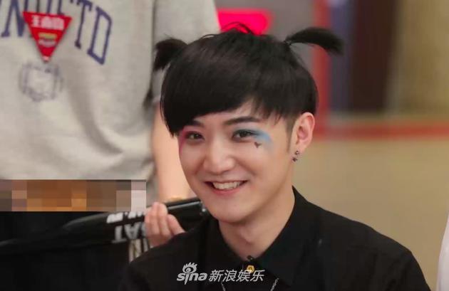 赵晔的妆容则被吐槽像哪吒