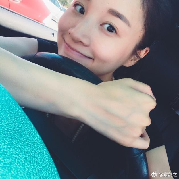 偷拍自拍-图片区-天天_陈龙妻子章龄之自拍