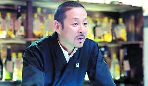 陈道明在《我的前半生》中集帅气与智慧于一身。