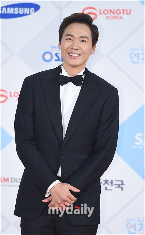 延政勋将出演SBS新周末剧《Bravo My Life》