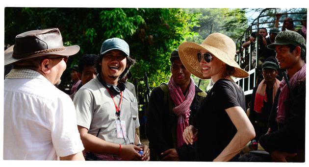 朱莉导演新片发预告 聚焦柬埔寨难民求生经历