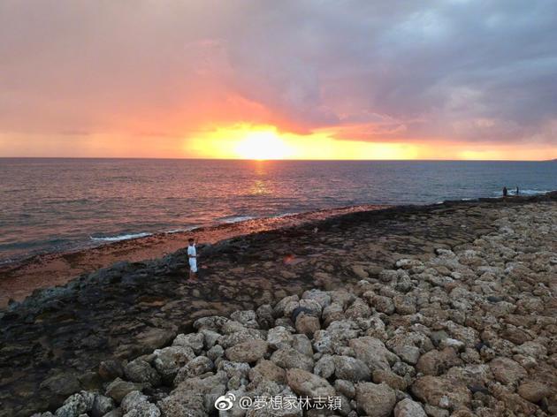 林志颖海边照片
