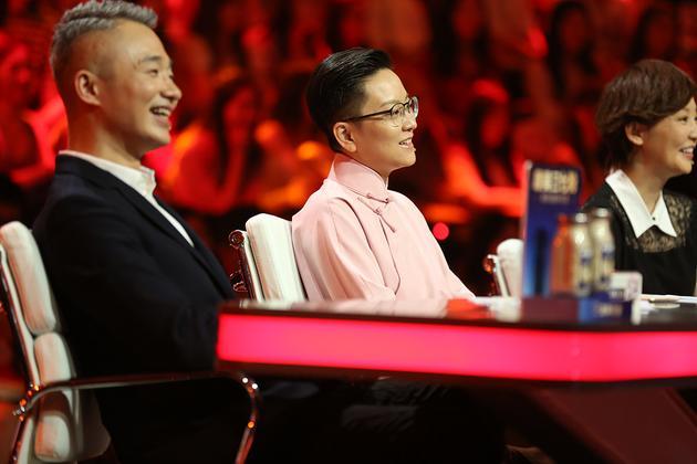 《喝彩中华》新中国九代越剧人同台话传承
