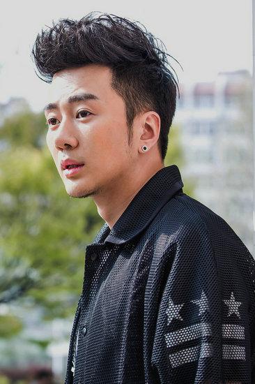 王浩钧《我的老爸是奇葩》饰演高帅