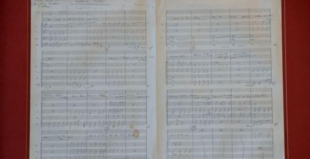披头士1966年名曲手写稿将拍卖 预计价格达17万元