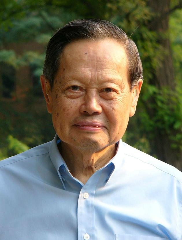 杨振宁95岁生日:30余院士贺寿 欢迎恢复中国籍