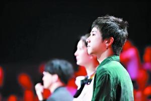 """""""火星弟弟""""华晨宇:做音乐必须要有天赋"""
