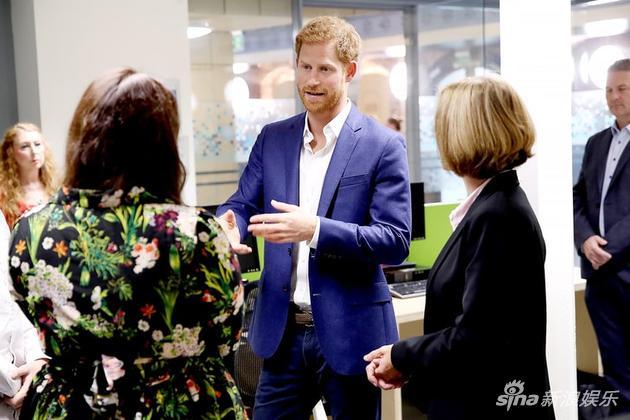 哈里王子接受采访