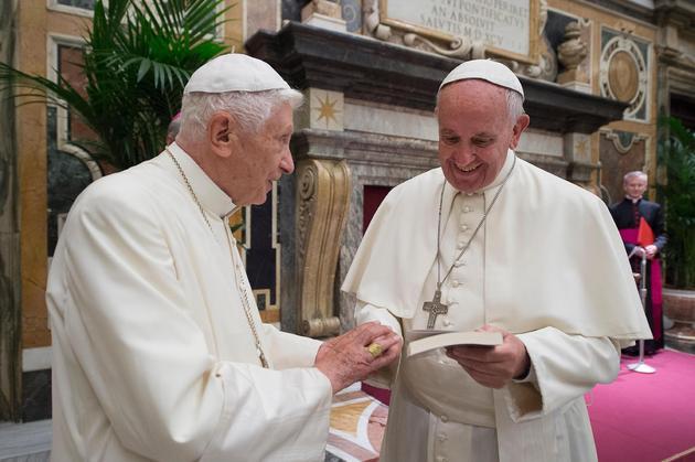 Netflix将拍《教皇》 普雷斯霍普金斯倾情加盟