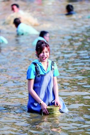 陈妍希:能牵到吴秀波的手很开心 宋茜没偶像包袱