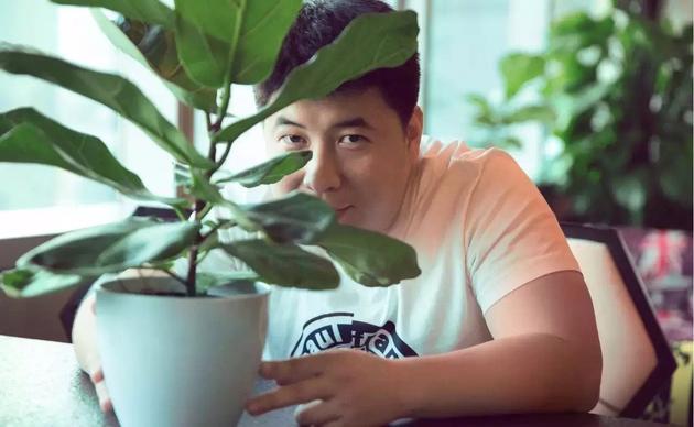 导演徐超:我和王朔一起研究《不老奇事》