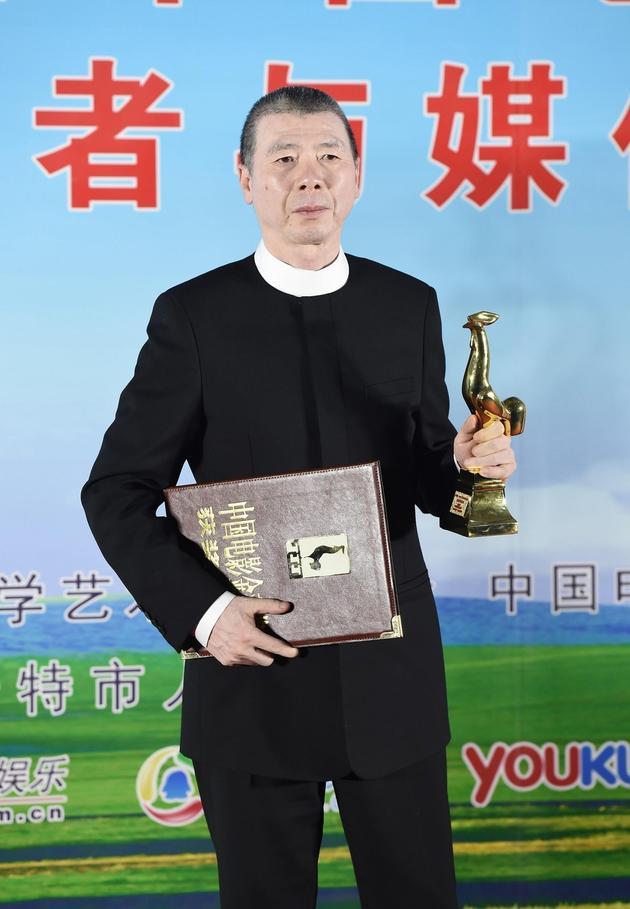 冯小刚:我做着逆流而上的创作 我需要鼓励