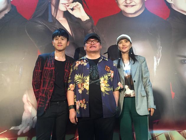 《中国新歌声》刘欢战队冠军战录制 称不求夺冠