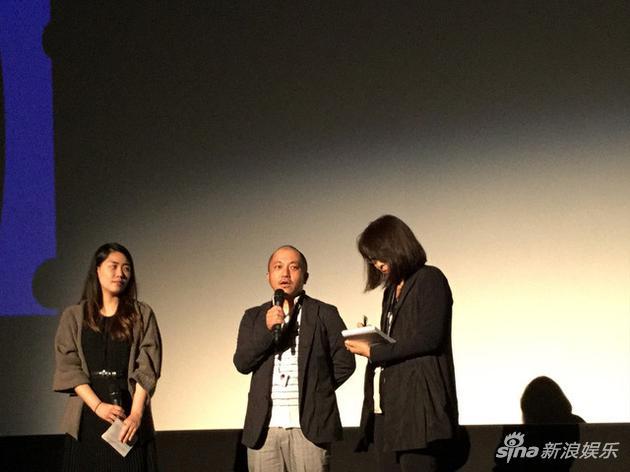 当地时间9月13日,加拿大多伦多电影节,白石和弥导演在电影《她不知道名字的那些鸟儿》世界首映礼接受采访
