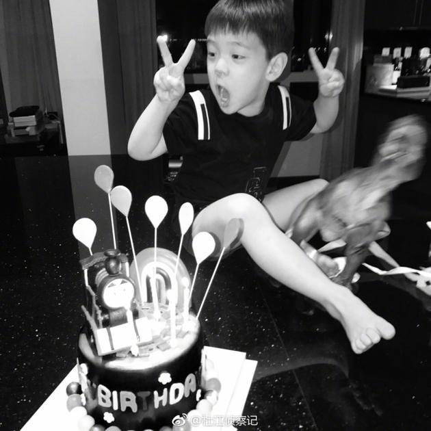 杜江为儿子嗯哼庆祝四周岁生日:慢慢长大不着急