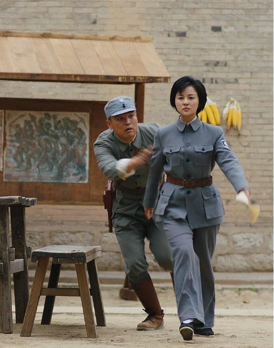 刘芳毓肖聪展延安精神 共同演绎战争年代家国情怀