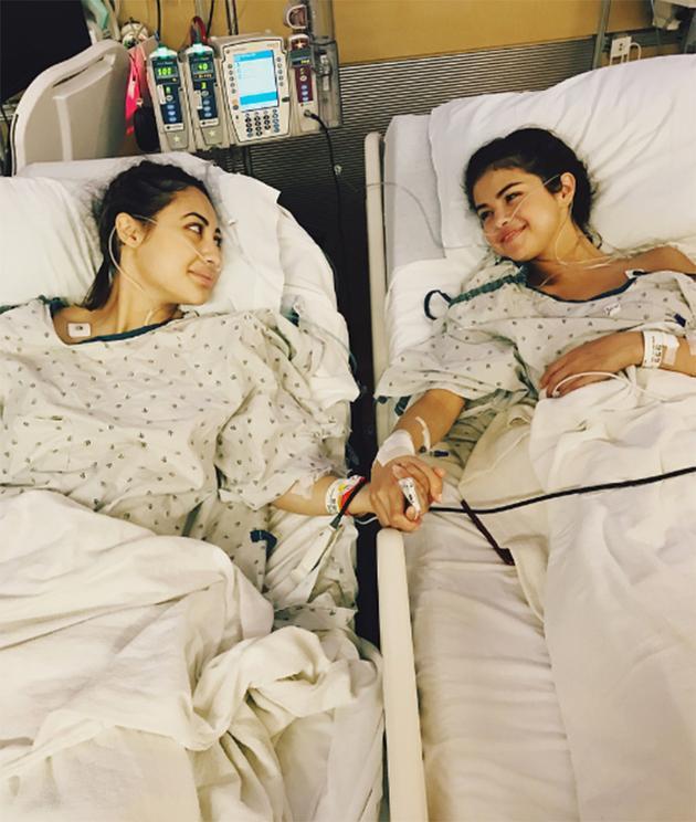赛琳娜谈肾移植手术 眼含热泪感谢闺蜜救命之恩