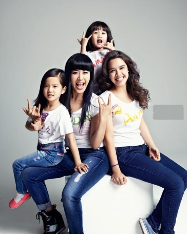 钟丽缇与三个女儿
