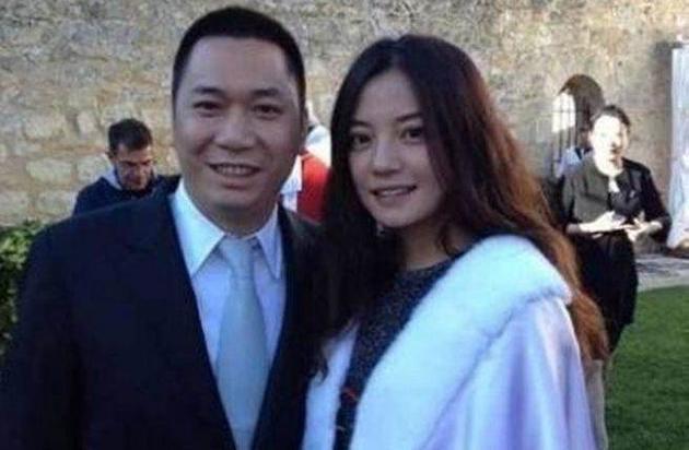赵薇与黄有龙因涉空壳投资,遭处5年不得进入股票证券市场。