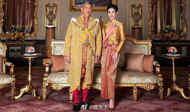 泰国国王与王妃