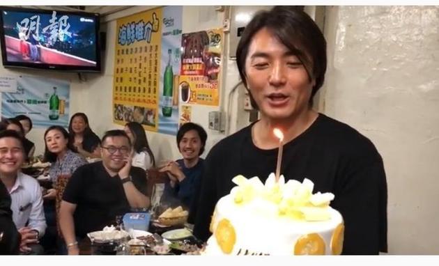 51岁郑伊健谈半百之年生日愿望:再上舞台