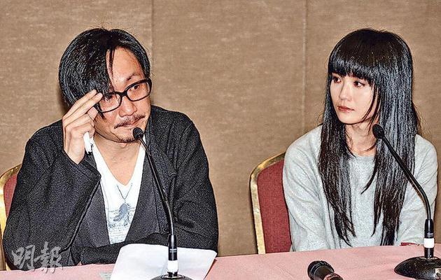 阿Sa(右)與前夫鄭中基曾開記者會公開已婚並已離婚。