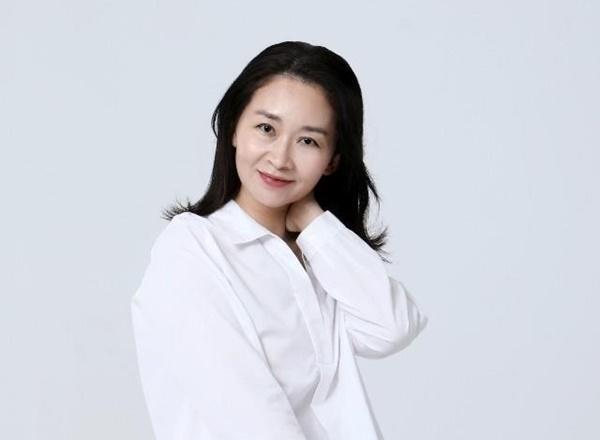 52岁韩国女演员千静荷家中去世 患病多年心脏骤停