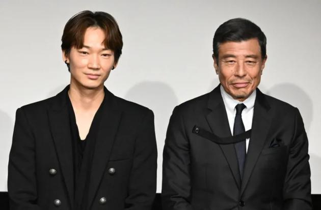 绫野刚参加极道与家族电影宣传 为新成人们加油