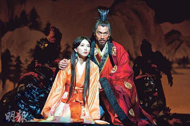 林志玲与Akira在8年前演出《赤壁 ~爱~》结缘。