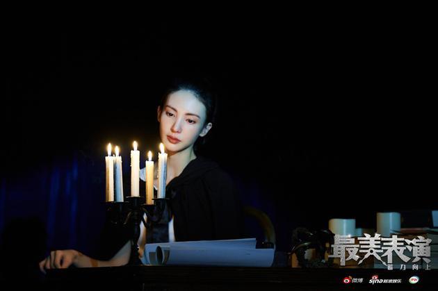 对话导演鹏飞:最美表演是台前幕后的共同表演