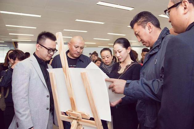 兰玉推广民族工艺
